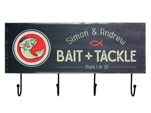 WALL DECOR WOOD W/ HOOKS BAIT & TACKLE