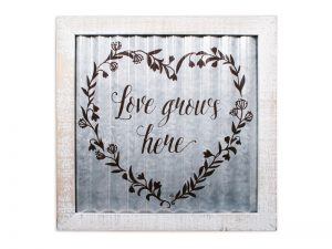 WALL DECOR CORRUGATED TIN LOVE GROWS HERE 14X14X.5