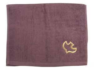 PASTOR TOWEL DOVE BURGUNDY