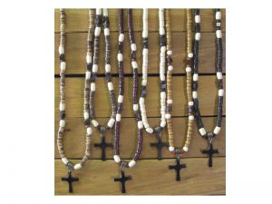 NECKLACE HAND CARVED RESIN CROSS COCO REFILL PK12